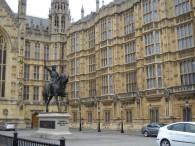 LONDON 742